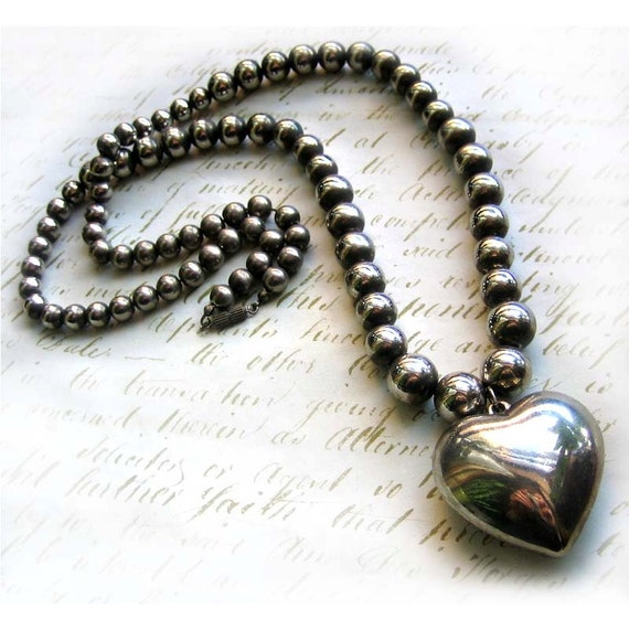 1960s Vintage Chunky Silver Metal Heart Necklace