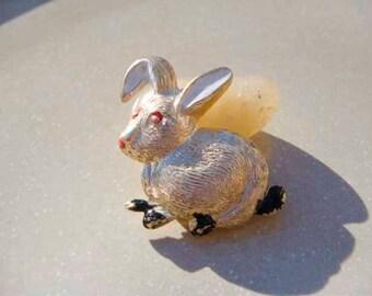 Vintage Rabbit Bunny Gold Brooch