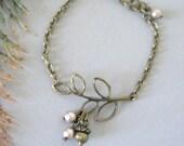 Acorn Bracelet, Branch Bracelet, Chain Bracelet, Twig Bracelet, Fall Jewelry, Acorn Jewelry, Pearl Bracelet, Winter Wedding