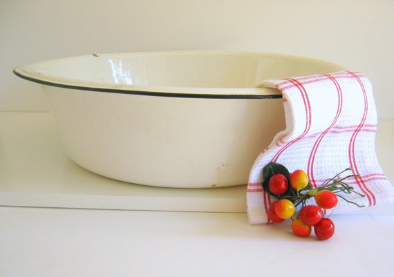 Vintage White Enamelware Bowl - Black Trim - Garden Decor - Photo Prop - Basin