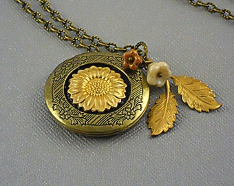 Sunflower, Sunflower Locket, Brass Sunflower, Sunflower Necklace, branch, leaf, Locket Charms Love, Steampunk Locket-