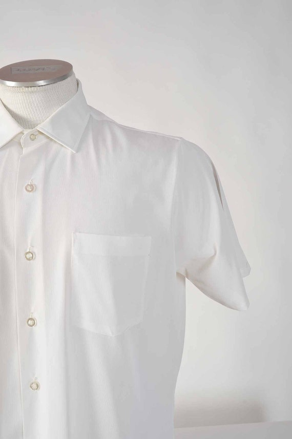 Vintage 1960s White Jersey Short Sleeve Summer Shirt