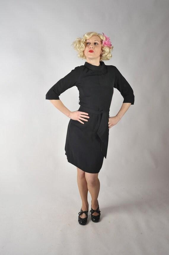 Vintage 1960s Dress // Chic Little Black Dress from Bullocks Wilshire