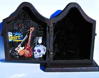 Zombie Fleur De Lis Vampire Coffin Box