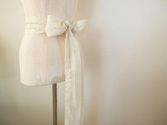 Ivory Cream Vintage Lace Sash Bow Belt Wedding Sash Bridal Sash - extra long length - made to order