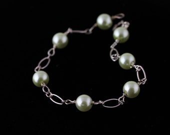 Glass Pearl Bracelet. Listing 109301057