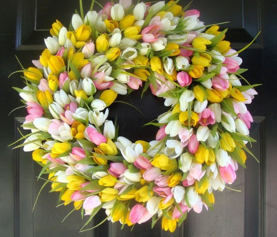 22 inch Tulip Wreath- Spring Wreath- Girls Room Decor- Mantle Decor- Wall Decor- Wedding Wreath