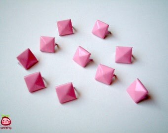 Pink Square Studs, Leather Craft Studs, set of 10, pin, button, bead, silver, jaws, fang, rock, punk, metal, aluminium, baby pink, girl