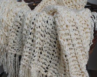 French Vanilla Throw Accent  Afghan Vegan Friendly