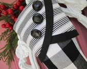 No. 3 Christmas Stocking Black & White Graphic - Droopy Toe Style