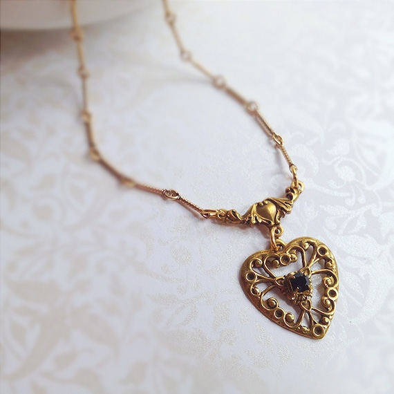 Vintage Filigree Heart Necklace. Black Crystal. Romantic. Gold Tone. Dainty. Feminine. Gifts for Her. 1970s. Love. Heart Jewelry.