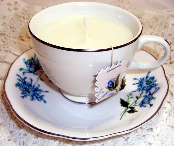 Tea Cup Candle, Apple Crumble Scent, Blue Floral, Tea Cup and Saucer
