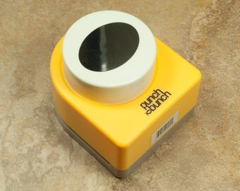 1 Paper Punch 30mm x 40mm Oval  (21-07-226)