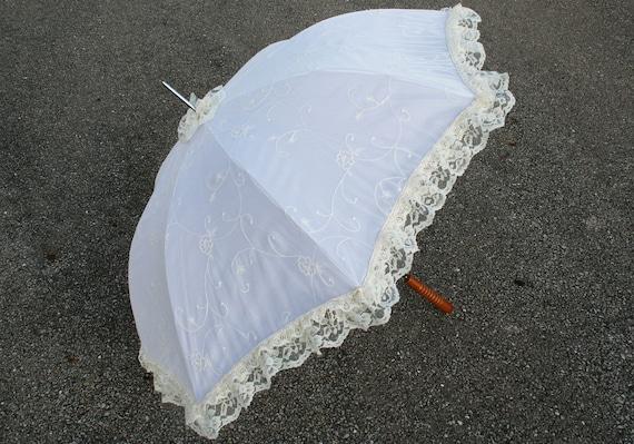 Fantasy Bridal White Steampunk Wedding Parasol Romantic Vine Flower Lace Umbrella Gypsy Burlesque Dance Costume Prop