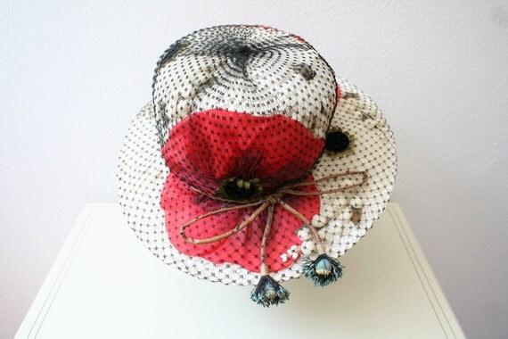 vintage hat / red poppies hat / Study in Poppies straw hat