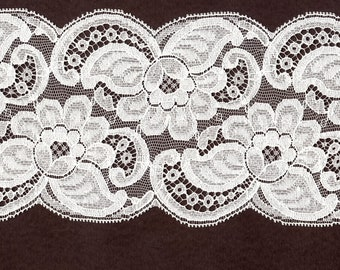 4 inch wide White Leavers lace trim 10 yds        (891)