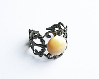 Mother-of-Pearl Ring  - Gunmetal Vintage-Style Filigree Ring with Champagne Color Mother-of-Pearl Cabochon