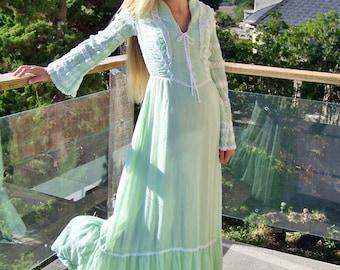 70s Peasant Dress, 70s maxi dress, Renaissance dress, Lace up dress, Green maxi dress, size S