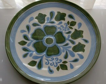 Green and Blue Mod Flower Serving Plate