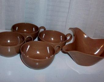 5 Piece Set of Cocoa Brown Plasticware Pieces