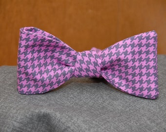 Purple on Purple Houndstooth  Bow Tie