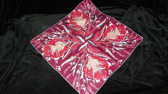 "Vintage 14"" Handrolled Linen Fall Autumn Leaves Handkerchief, 7534"