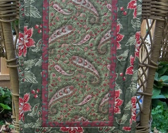 Christmas Quilted Table Runner Paisley Cactus Poinsettia