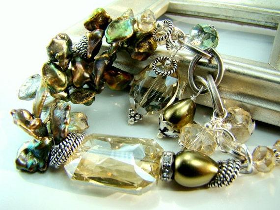 Green pearl bracelet, chunky pearl bracelet, keshi pearls, old hollywood