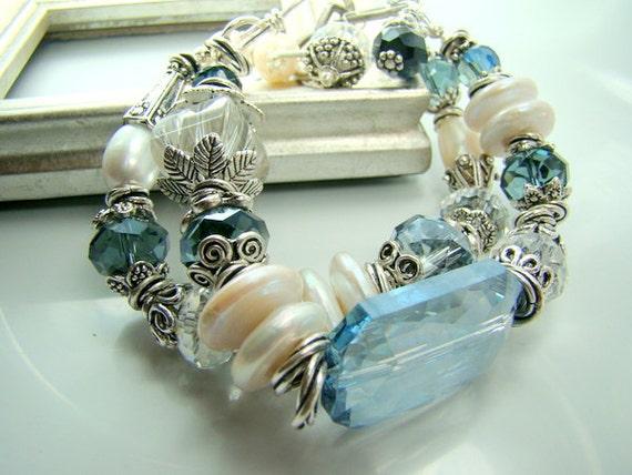 Blue crystal bracelet, chunky statement bracelet, freshwater pearl double strand bracelet, bridal jewelry, ... SAPHIRE BLUES