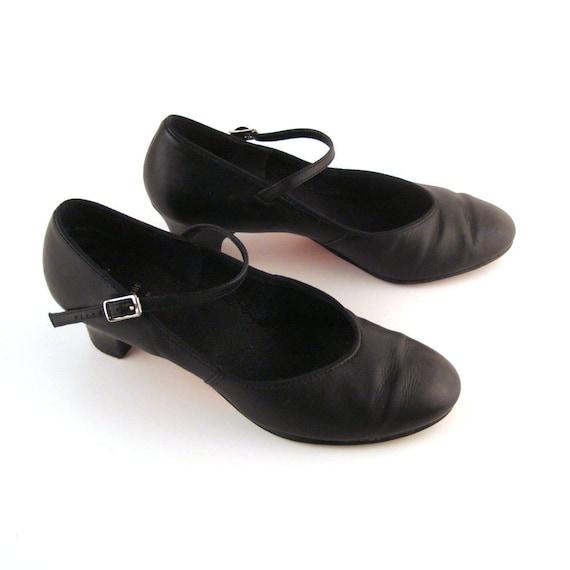 Capezio Dance Shoes Vintage 1980s Capezio Mary Janes Women's size 8 1/2