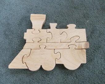 Wooden 8 piece train jigsaw puzzle