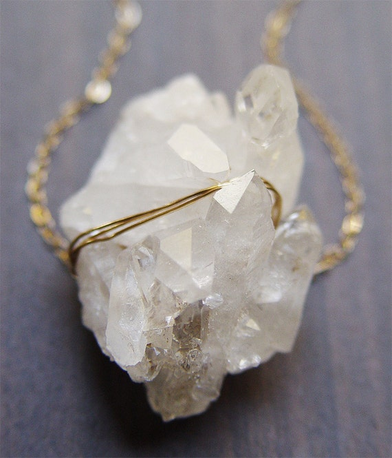 Vanilla Quartz Gold necklace - Rough Mineral Stone
