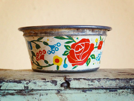 vintage tin toy sieve, kitchenware decorated with floral pattern