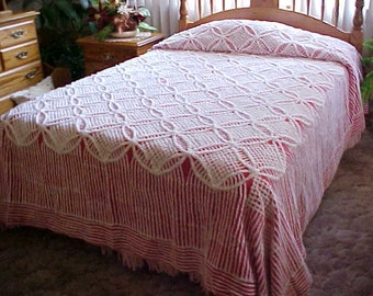 REDUCED.  Red and white wedding ring chenille bedspread from 1950's- nice