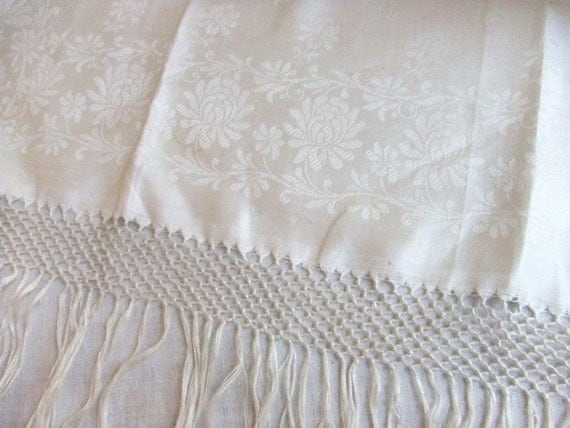 Large Fringed Linen Damask Show Towel Made in Italy