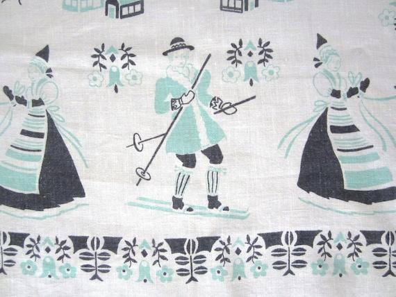 Vintage Tablecloth Skiing Scandinavian