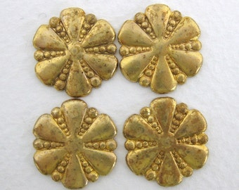 Vintage Brass Flower Stamping Dotted Finding 18mm stp0055 (4)