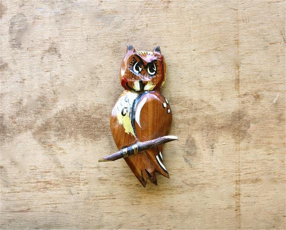 Such a Hoot - Vintage Owl Brooch - Vintage Wooden Carved Owl Brooch