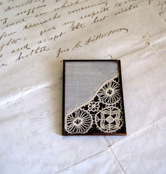 Wheels Turning Vintage Lace Brooch
