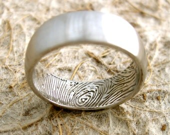 Finger Print Engraved Wedding Ring in 14K White Gold with Convex Profile and Satin Finish Size 6