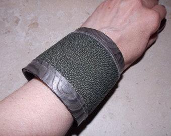 Genuine Stingray Hide Cuff - Gunmetal Gray