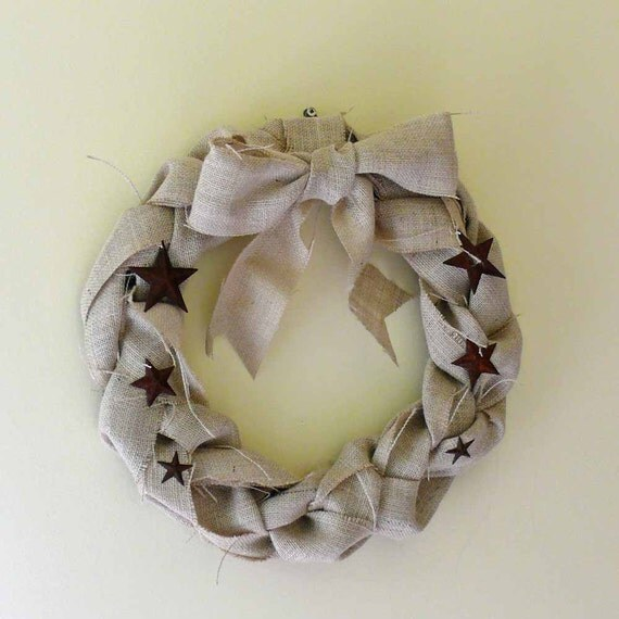 Natural Burlap Braided Wreath with Rusty Tin Stars