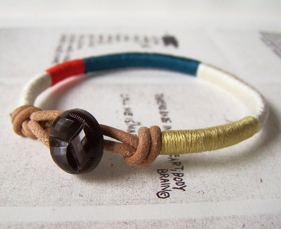 COOPER bracelet - tribal leather wrap (ecru persimmon lagoon cumin), vintage button
