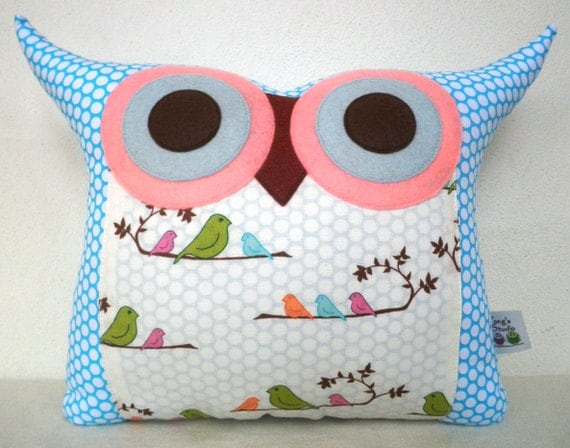 gift under 20 Super SALE/Aqua Morning Kiss  decorative pillow /owl pillow