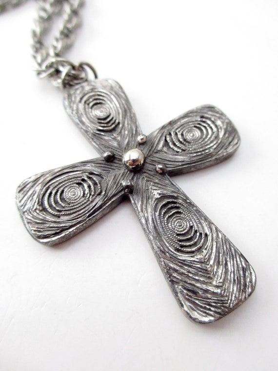 Tortolani Signed Silver Tone Pewter Metal Swirl Pendant Necklace