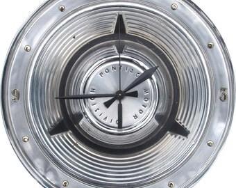 Pontiac Hubcap Clock, with numbers (a, Classic Car Clock, , retro wall clock )