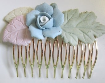 Vintage Gold Tone Hair Comb with Pastel Ceramic Flower (Blue Rose with White Center)