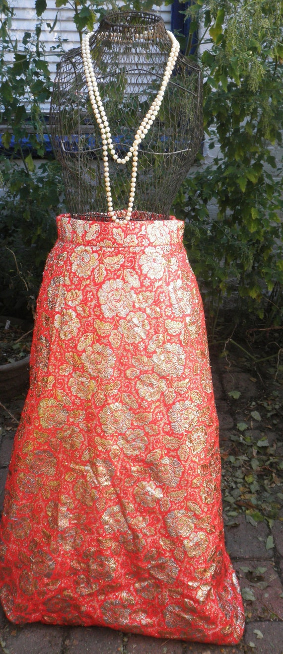 CLEARANCE Vintage 1960s Holiday Party Glitter Gold and Red Maxi Skirt S/M