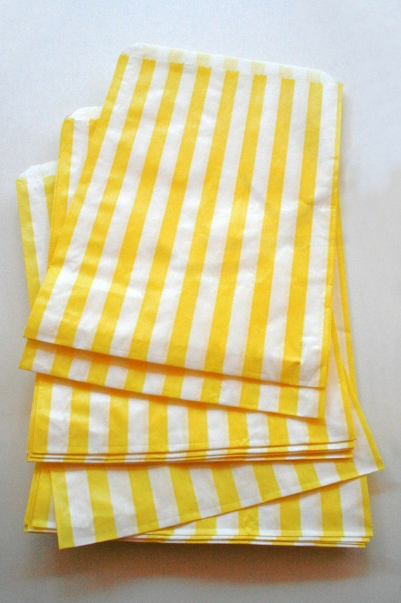 Set of 50 - Traditional Sweet Shop Yellow Stripe Paper Bags - 10 x 14 New Style