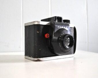 50s Vintage Camera Ansco Readyflash bakelite plastic box cam Super Cute Simple Design